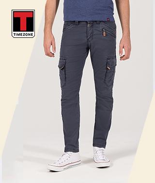 Kerbo e-shop módní specialista Desigual a0d3d9c6b3