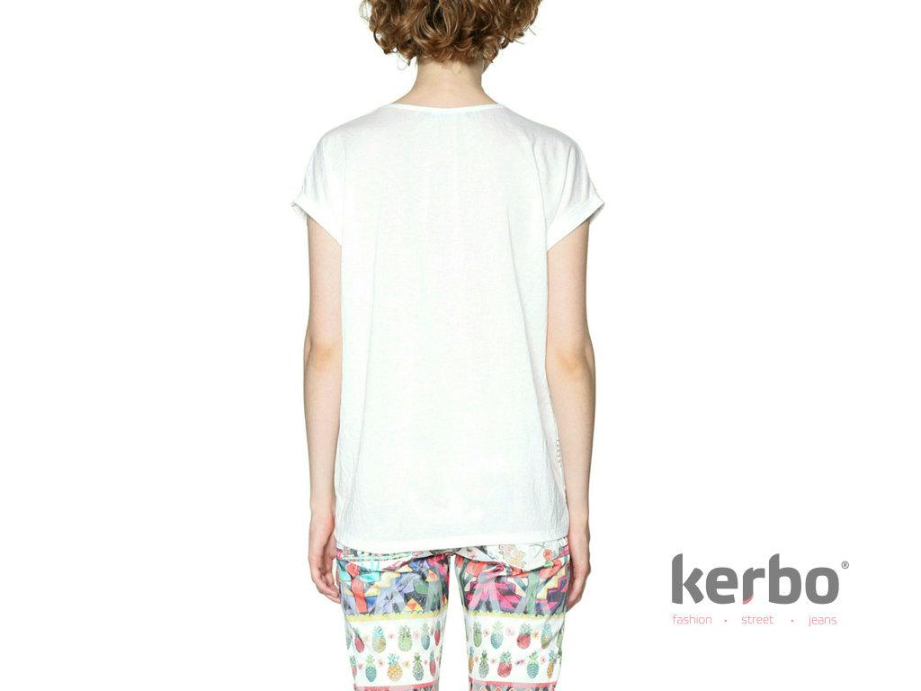 e3961873546 Dámské triko DESIGUAL DALIA - Kerbo.cz módní oblečení pro každý den