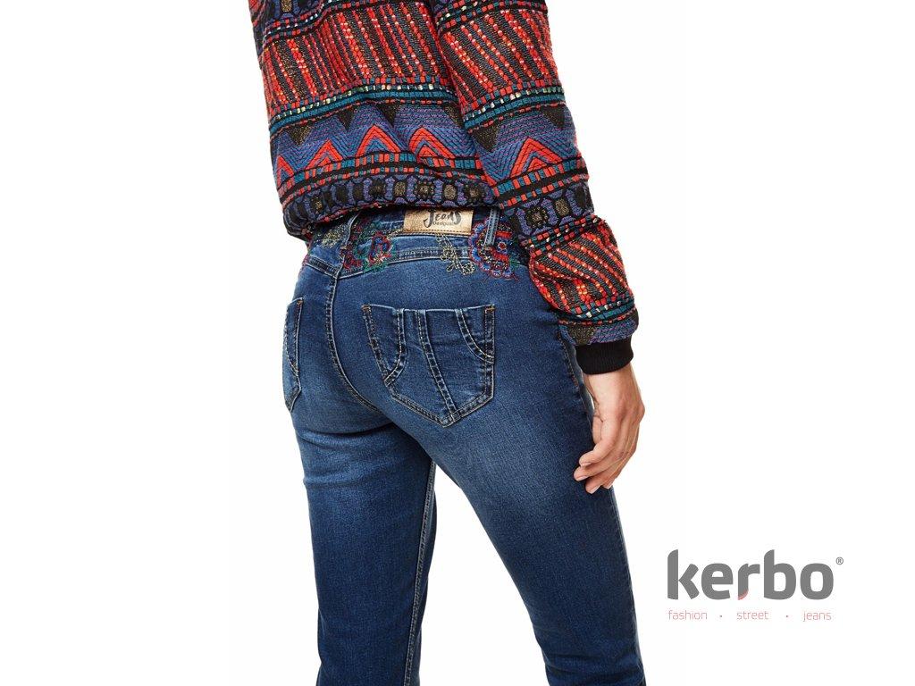 Dámské jeans DESIGUAL REFRIPOSAS - DESIGUAL - 17WWDD15 5008 DENIM REFRIPOSAS b4624fa58b4