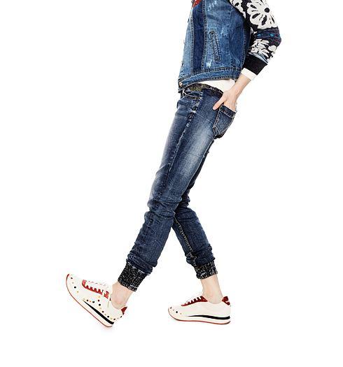 DESIGUAL Dámské jeans DESIGUAL LYSIANE - DESIGUAL - 18SWDD24 5053  DENIM LYSIANE 7400d99eed0